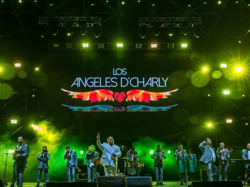 Los Angeles De Charly - Tour