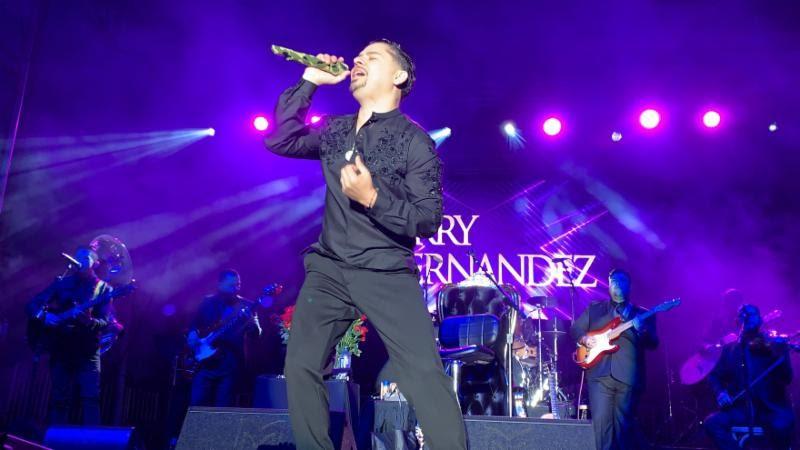 Larry Hernandez - gerencia 360 Music